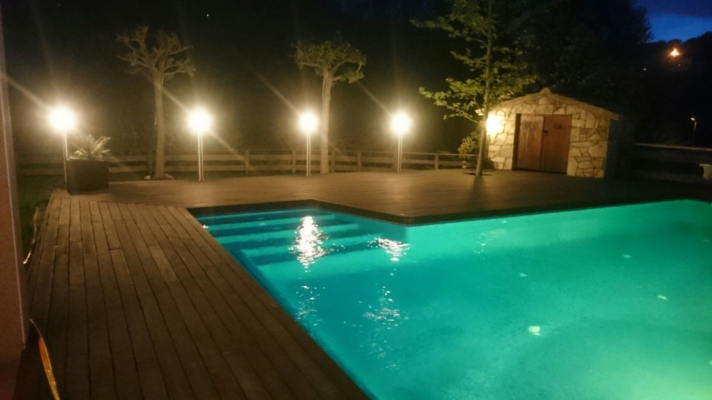 Imagen piscina luz led color 3